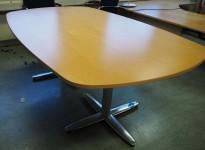 Møtebord i bøk / polert aluminium, Kinnarps T-serie, 200x120cm, passer 6-8personer, pent brukt
