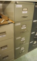 Arkivskap fra Høvik Stål, 4skuffers, 41,5cm bredde, høyde 133cm, grå, retrostil, pent brukt