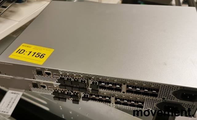 HP StorageWorks 8/24 8Gb Fibre Channel Managed SAN Switch 16Active Ports AM868C, pent brukt bilde 2
