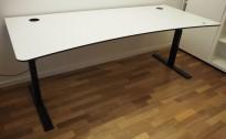 Skrivebord med elektrisk hevsenk i hvitt / sort fra Holmris, 200x90cm, magebue, pent brukt 2017-modell!