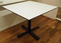 Lite, rundt møtebord fra Holmris i hvitt/sort, 90x90cm, pent brukt