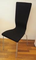 Konferansestol fra EFG HovDokka i sort stoff, grå ben, høy rygg. modell GRAF, pent brukt