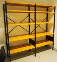 Lagerreol / stålreol i oransje/brunlakkert stål fra Gerdmans, høyde: 197cm, 197cm bredde, 2 fag, 50cm dybde, pent brukt