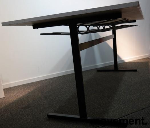 Kompakt møtebord / kantinebord i hvitt / sort, 180x80cm, brukt med slitasje bilde 3