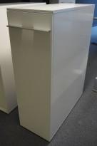 Tårnskap / tower fra Fumac i hvitt, tosidig tilgang, 38cm b, 88,5cm d, 118,5cm h, pent brukt