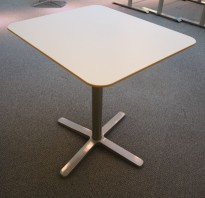 Lite møtebord / kafebord fra Ikea, modell Billsta, med hvit plate, 60x70cm, H=74cm, pent brukt