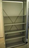 Lagerreol / stålreol i lyst grått stål, høyde: 217cm, 106cm bredde, 1 fag, 30cm dybde, pent brukt