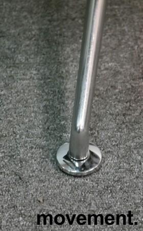 Konferansestol i grått stoff fra Brunner, modell Fina Soft med armlene, pent brukt bilde 4
