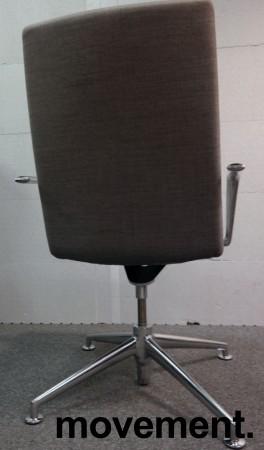 Konferansestol i grått stoff fra Brunner, modell Fina Soft med armlene, pent brukt bilde 3