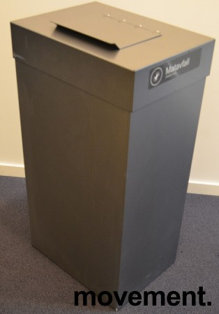 Søppelbøtte / kildesortering for matavfall i grålakkert metall fra Røros produkter på hjul, pent brukt bilde 1