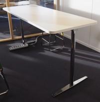 Barbord / stålbord fra Materia, Centrum-serie, 180x70cm plate i hvitt, 88cm høyde, pent brukt