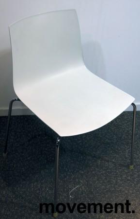 Arper Catifa 46, stablebar design-stol i hvit plast / krom, pent brukt bilde 1