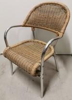 Kafestol / utestol i rotting / aluminium med armlener, pent brukt