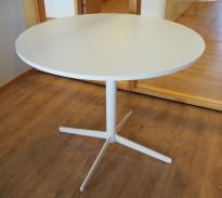 Loungebord i hvitt fra Edsbyn, modell Feather, Ø=90cm, høyde 74cm, pent brukt