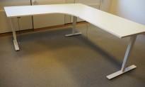 Skrivebord / hjørneløsning med elektrisk hevsenk fra Isku i hvitt, 220x200cm, venstreløsning, pent brukt