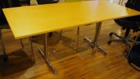 Kompakt møtebord / kantinebord i bjerk / krom fra Kinnarps, 180x80cm, pent brukt