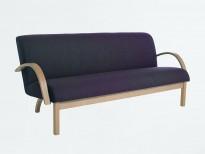 Kinnarps 3seter loungesofa i grått stoff / bjerk armlener og ben, modell Vigor, 186cm bredde, pent brukt