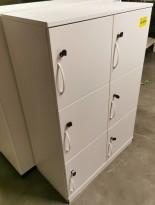 Lukeskap / personlig skap fra Kinnarps i hvit laminat, bredde 80cm, 6 luker med lås/nøkkel, pent brukt