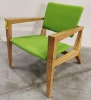 Lenestol / loungestol fra Skandiform, modell Conica, eik med grønt stofftrekk, pent brukt