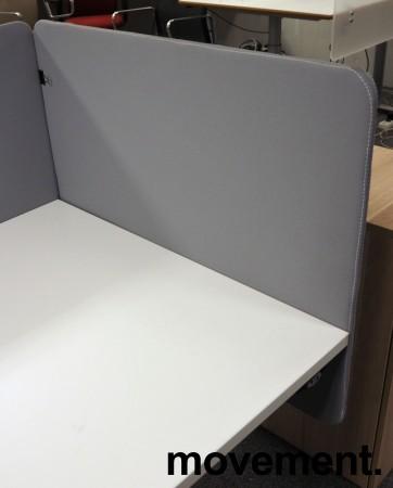 Bordskillevegg / skjermvegg for skrivebord, lyst grått stoff, 80x66cm, pent brukt bilde 2