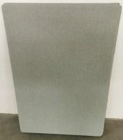 Lydabsorbent fra Kinnarps for veggmontering, 80x120cm i grønnlig gråfarge, pent brukt