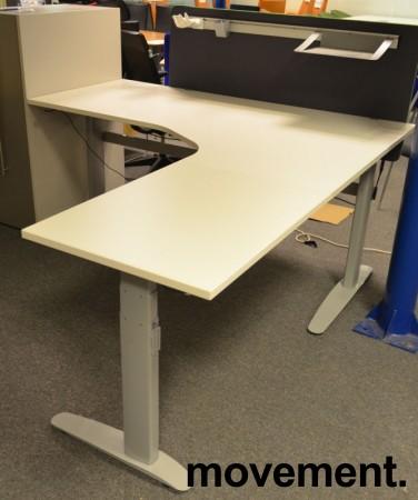 Hjørneløsning / skrivebord med elektrisk hevsenk fra Linak i hvitt, 200x200cm, pent brukt understell og ny / ubrukt plate bilde 3