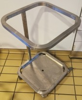 Lite søppelstativ / avfallsstativ / liten tralle i rustfritt stål for søppelsekk, pent brukt