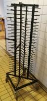 Tallerkenstativ / serveringstralle på hjul, 100 stk tallerkener, 178cm høyde, pent brukt