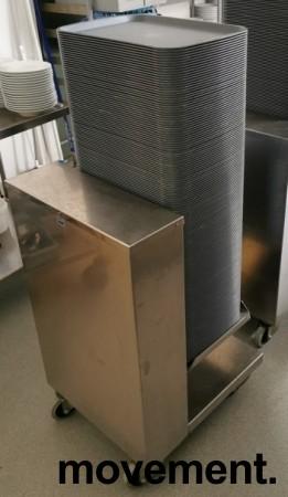 Dispenservogn for kantinebrett i rustfritt stål, komplett med ca 100 brett, pent brukt bilde 7