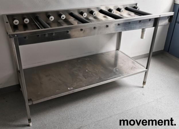 Rullebane / rullebenk i rustfritt stål for oppvask, 170cm bredde, pent brukt bilde 1