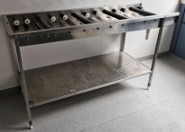 Rullebane / rullebenk i rustfritt stål for oppvask, 170cm bredde, pent brukt