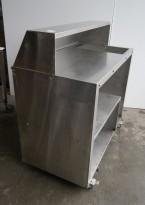Mobil bardisk i rustfritt stål, plass for GN-bakk for isbiter, 120x65cm, høyde 125cm, arbeidshøyde 100cm, pent brukt