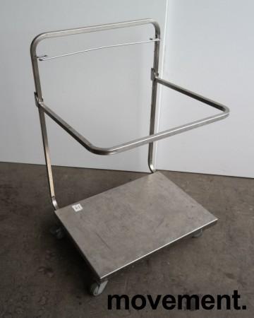 Tralle med bøylehåndtak i rustfritt stål, justerbart stativ for skittentøysekk e.l., 70x60cm, høyde håndtak 104cm, pent brukt bilde 1