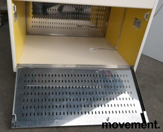 Serveringsmodul / buffet på hjul i lys beige / rustfritt stål fra Metos, 80cm bredde, med brettbane for kantinebrett, pent brukt bilde 5