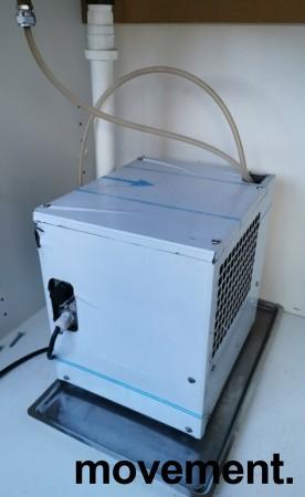Vanndispenser for montering i benkeplate med avløp, med kjøleaggregat, pent brukt bilde 4
