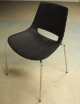 Arper Palm konferansestol i sort polyuretan / forkrommet stål, pent brukt
