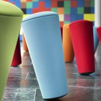 Wilkhahn Stand up stol / krakk i blått stoff, Ø=30cm, høyde 67cm, pent brukt