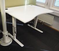 Skrivebord med elektrisk hevsenk i hvitt fra EFG, 120x90cm, pent brukt