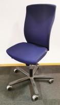 Kontorstol fra EFG, høy modell Splice i blått stoff, uten armlene, pent brukt