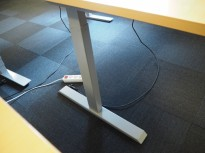 Linak elektrisk hevsenk-understell i grått, passer 120plater og større, pent brukt