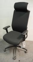Wagner ErgoMedic 100 kontorstol i sort stoff, armlene og nakkepute, pent brukt