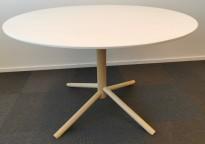 Rundt møtebord, bordplate i hvitlasert eik, ben i lakkert eik, Ø=110cm H=70cm, pent brukt