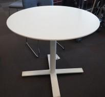 Rundt møtebord med bordplate i hvitlasert eik, Kinnarps Oberon, Ø=90cm, H=72cm, hvitt understell, pent brukt