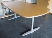 Kompakt møtebord i bjerk, Kinnarps T-serie, 180x90cm, passer 6personer, pent brukt