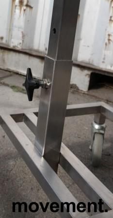 Oppvasktralle for storkjøkken / kantine i rustfritt stål, plass til bestikkbøtte og kantinebrett , pent brukt bilde 3