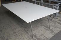 Møtebord i hvitt / krom fra Skandiform, modell Colt, 240x140cm, pent brukt
