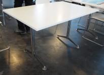 Kompakt møtebord / kantinebord / skrivebord i hvitt / krom fra Lammhults, 120x80cm, passer 4 personer, pent brukt