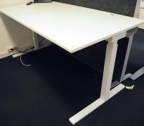 Skrivebord med elektrisk hevsenk i hvitt / hvitt understell fra Swedstyle, 160x80cm, pent brukt