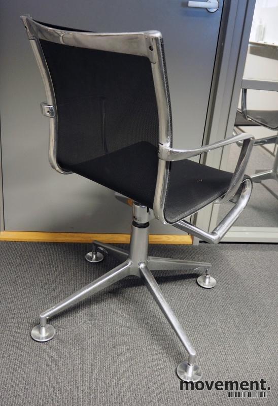 Alias Meetingframe konferansestol i polert aluminium / sort mesh, pent brukt bilde 2