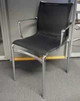 Alias Frame konferansestol i polert aluminium / sort mesh, pent brukt